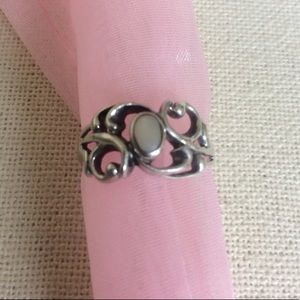 Vintage Jewelry - Real Silver Swirly White Stone Oval Ring